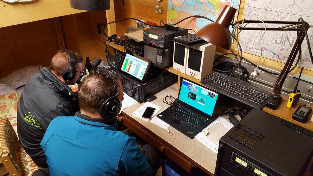 OE7MBH / OE9CBV an der Conteststation